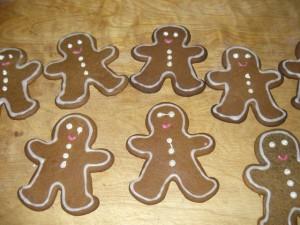 Gingerbread Cookies (Lebkuchen-Plätzchen)