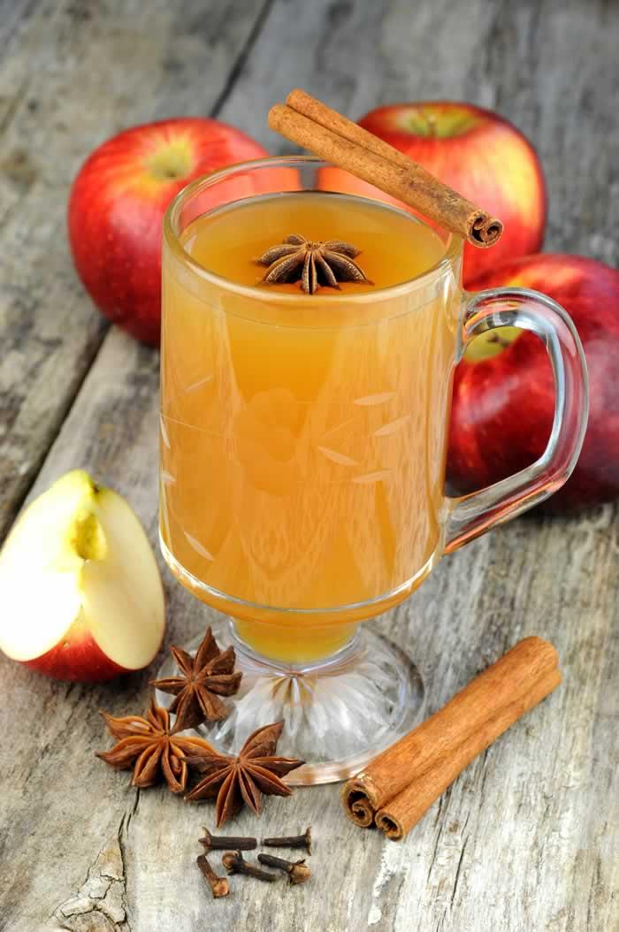 Apple Spice Drink (Apfel-Gewürz-Punsch, ohne Alkohol)