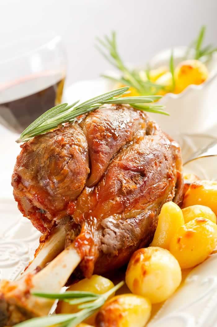 Leg of Lamb with Parmesan Potatoes (Lammkeule)