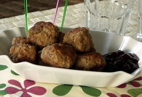 Cocktail Meatballs (Cocktail-Frikadellen)