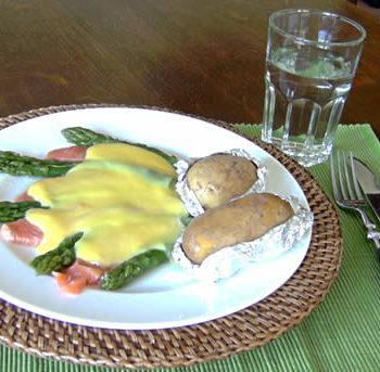Rezept für Asparagus Salmon Bake - überbackener Lachs mit Spargel