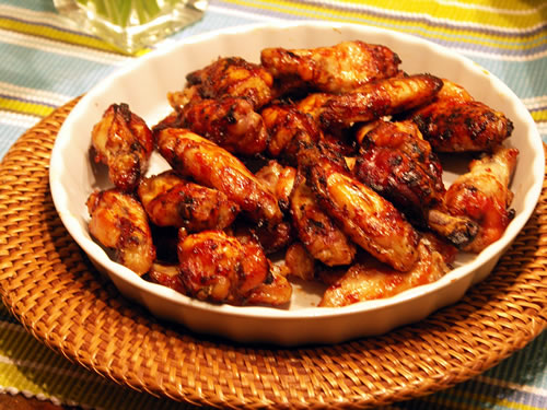 BBQ Chicken Wings (Barbecue-Hühnerflügel) - USA kulinarisch