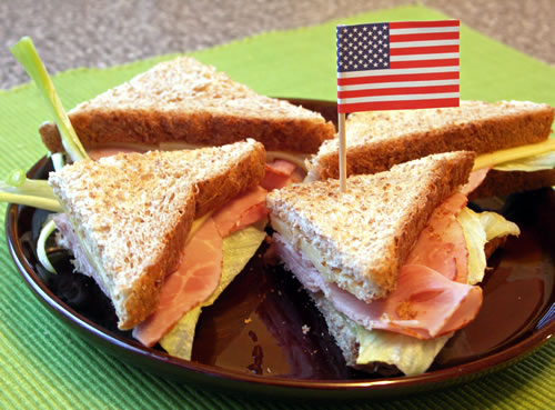 Ham and Cheese Sandwiches / Käse-Schinken-Brote