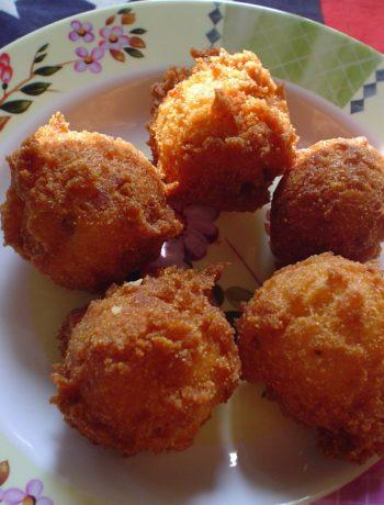 Hushpuppies - fritierte Maisbällchen