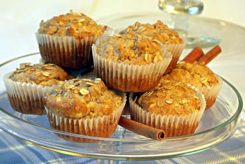 Apple Muffins (Apfelmuffins, low-sugar)
