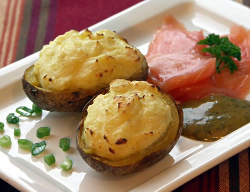 baked potatoes with lox backkartoffeln mit lachs usa kulinarisch. Black Bedroom Furniture Sets. Home Design Ideas