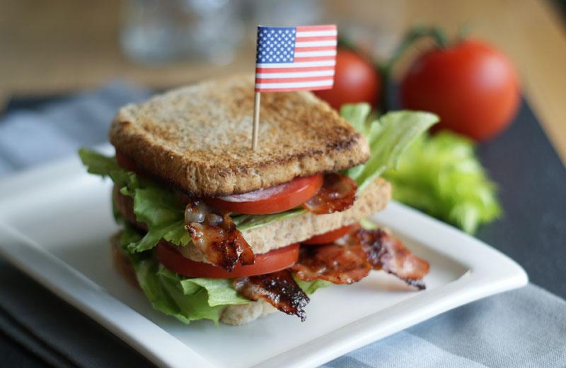 BLT Sandwich als Triple-Decker