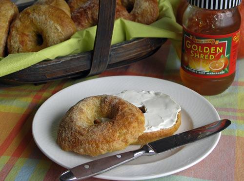 Pumpkin Spice Bagels (Kürbis-Bagel, Brotmaschine)