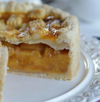 Peach Amaretto Pie