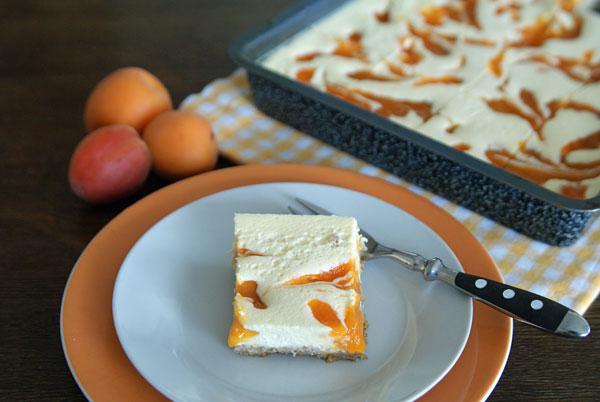 Apricot Cheesecake Bars (Aprikosen-Käsekuchen-Schnitten) - USA ...