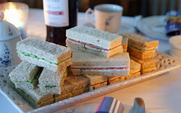 Finger Sandwiches für einen High Tea