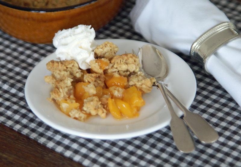 Apricot Breakfast Crisp (süßer Fruchtauflauf) - USA kulinarisch
