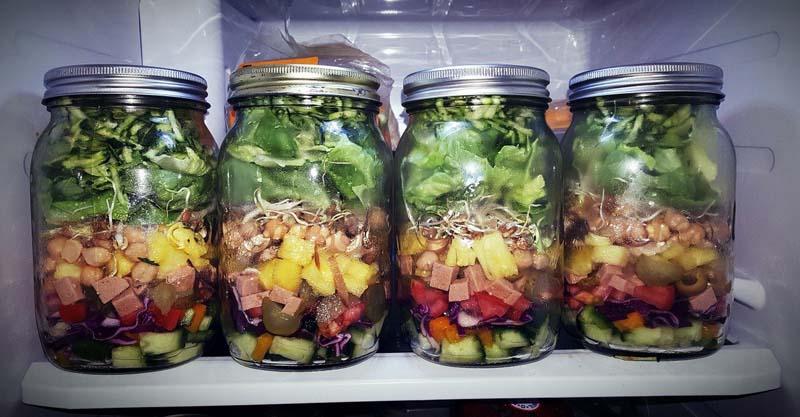 Salat im Mason Jar