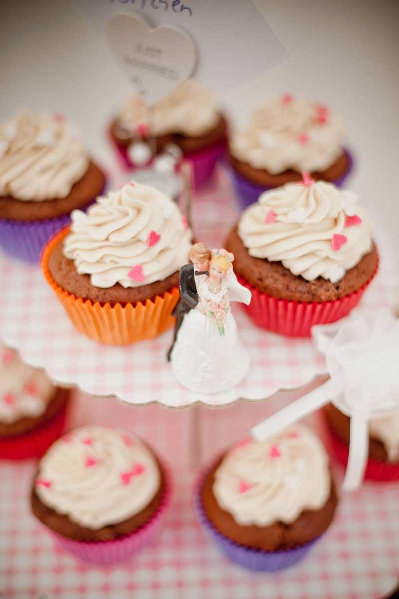 Hochzeitscupcakes in Rosa