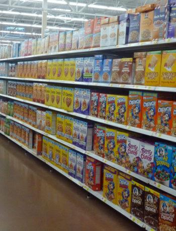 Einkaufen in den USA - Supermarktregale