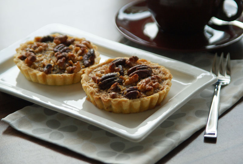 Maple Pecan Pies (Mini-Pecannuss-Kuchen) - USA kulinarisch