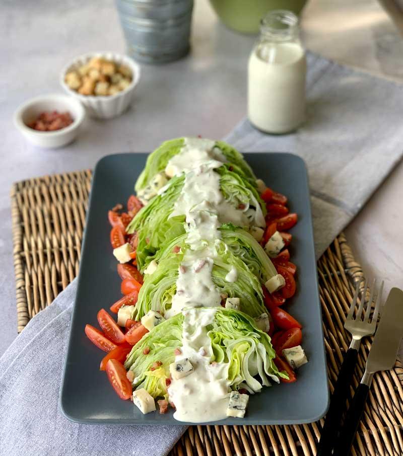 Wedge Salad (Eissalat-Spalten)