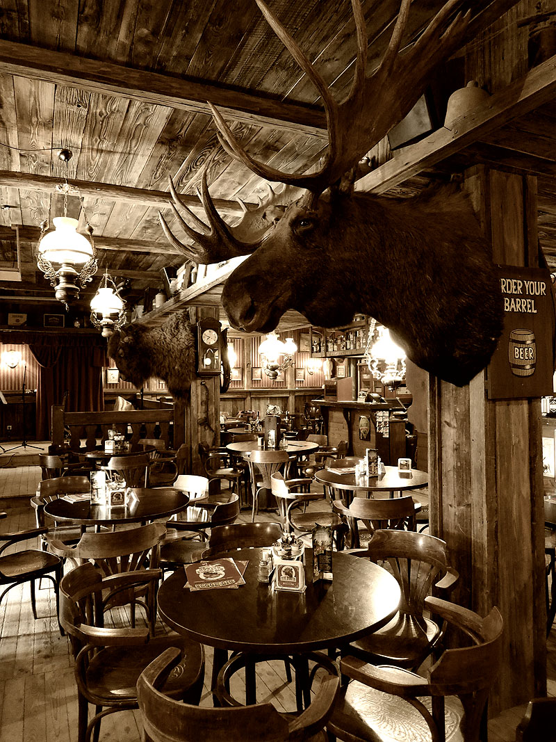 Big Moose Saloon in Pullman City