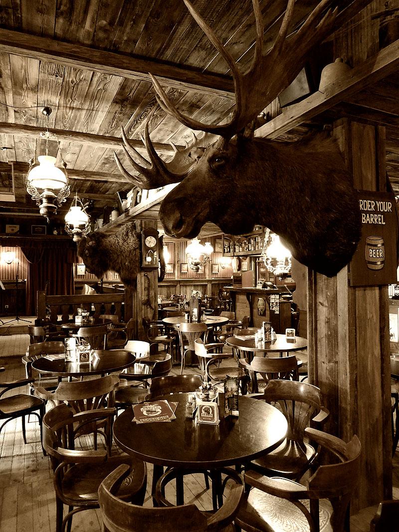 Big Moose Saloon in Pullman City