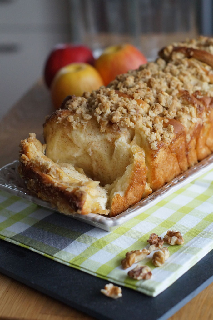 Apple Streusel Pull Apart Bread (Rezepte gegen den Herbstblues)