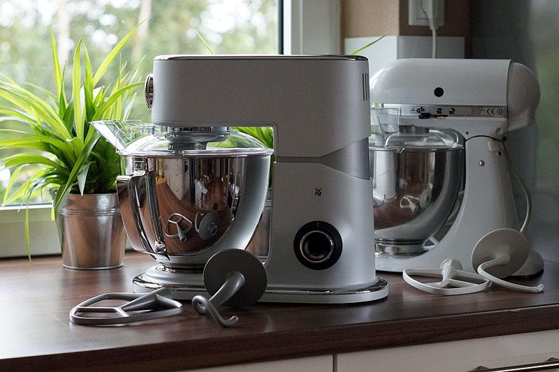 k chenmaschinen battle wmf gegen kitchen aid usa kulinarisch. Black Bedroom Furniture Sets. Home Design Ideas