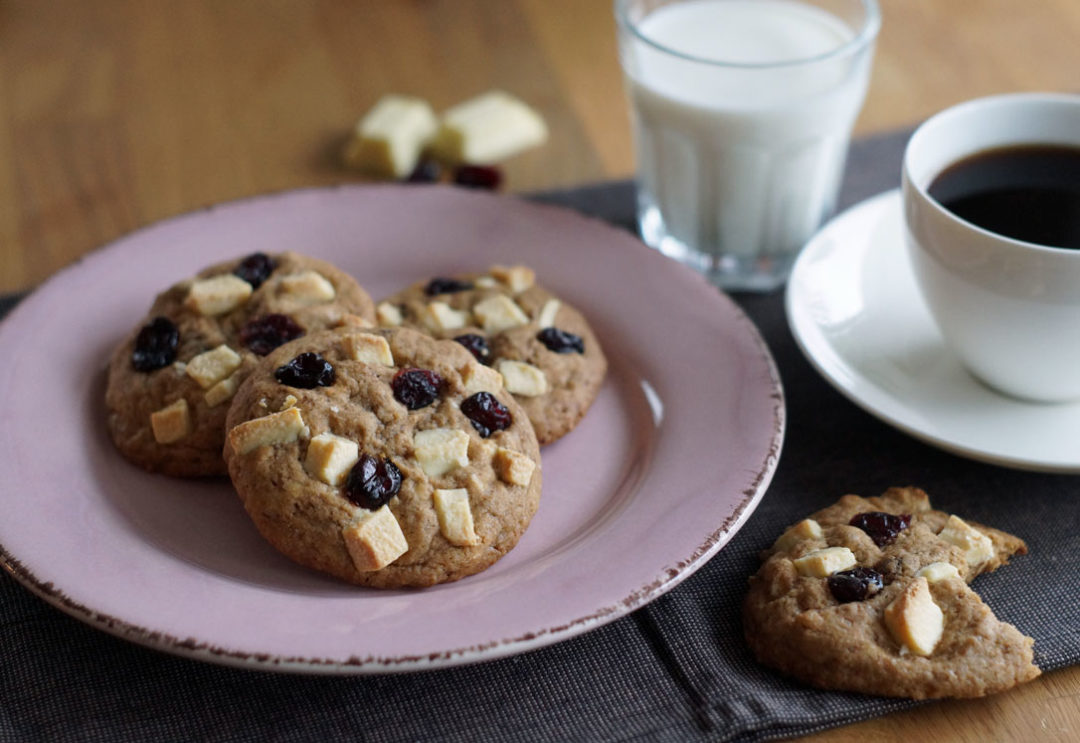 White Chocolate Cookies with Cranberries