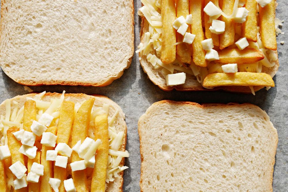 Poutine Grilled Cheese Sandwich von Jana / tellerabgeleckt