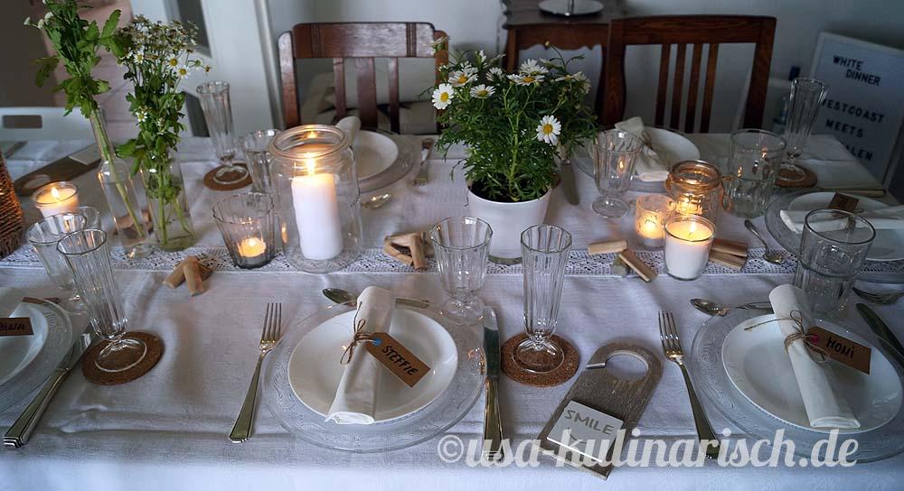 """Tischdeko zum White Dinner, mit ein bisschen """"Treibholz"""""""