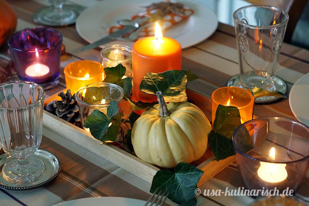 Tischdeko mit Kürbissen zu Thanksgiving