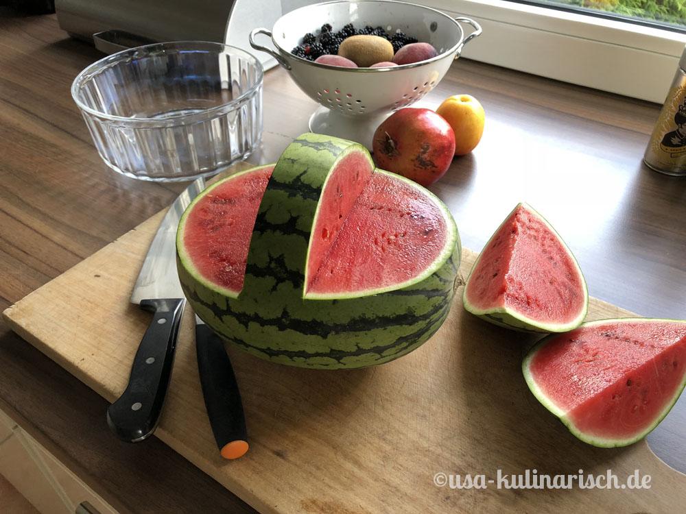 Wassermelonenkorb - Dessert für viele Gäste, Step 1