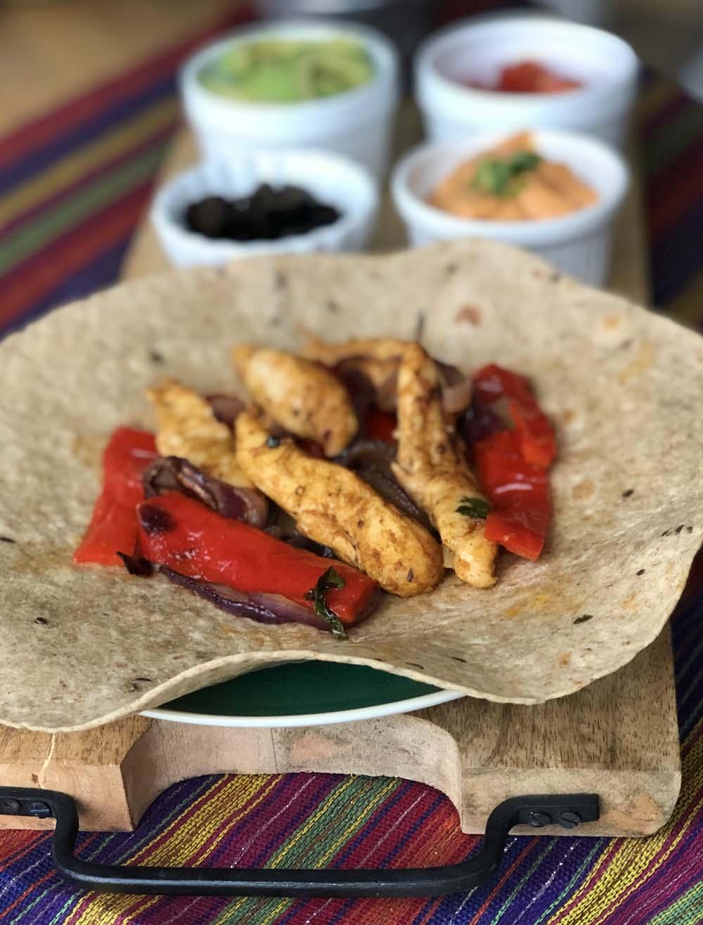 Fajitas mit Huhn und Paprika aus dem backofen