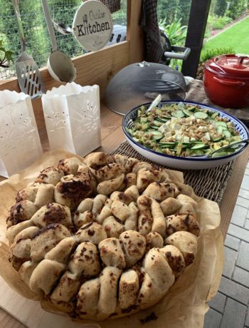 Rezept für Zwiebel-Zupfbrot / Onion Pull Apart Bread