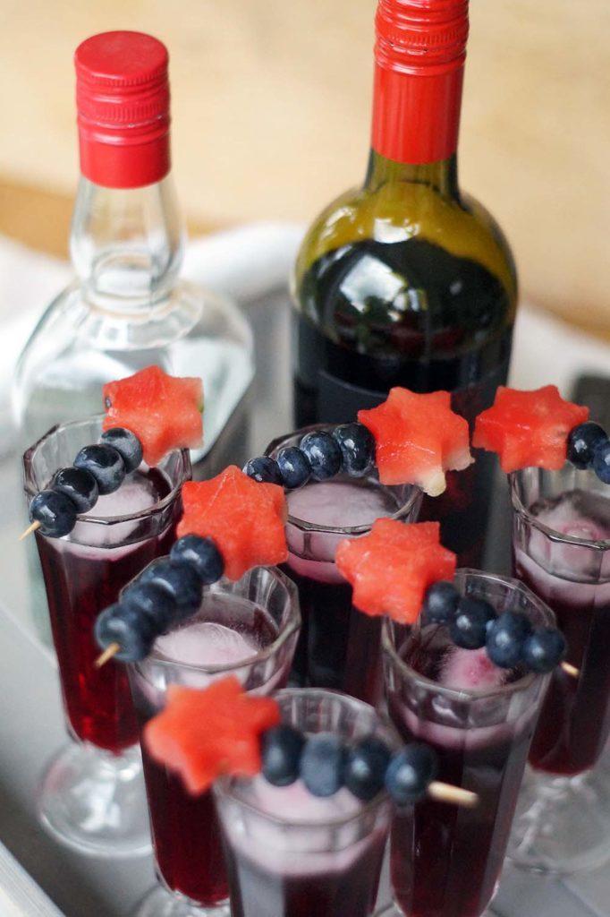 Liquid Lust Tequila Punsch mit Obstspießen