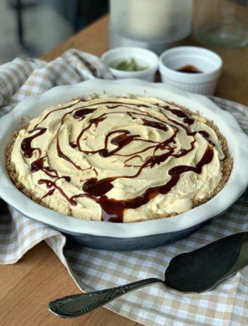 Icecream Cake mit Zimtcrunch und Dulce de Leche