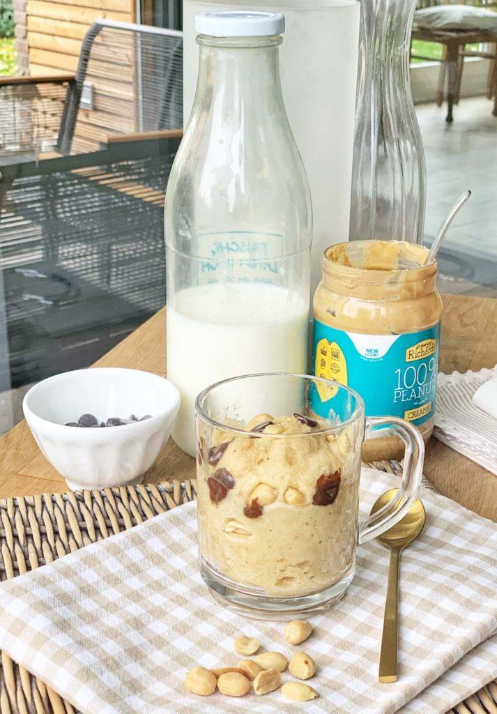Tassenkucen mit Erdnussbutter und Schokolade
