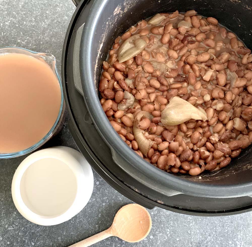 Refried Beans im Crock-Pot Express oder Instant Pot zubereitet