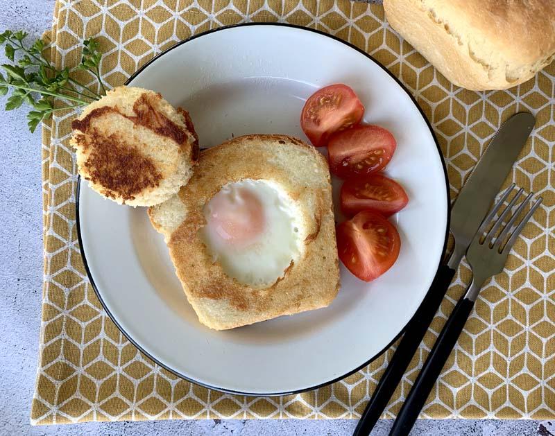 Rezept für Egg in a hole / Toast mit Ei