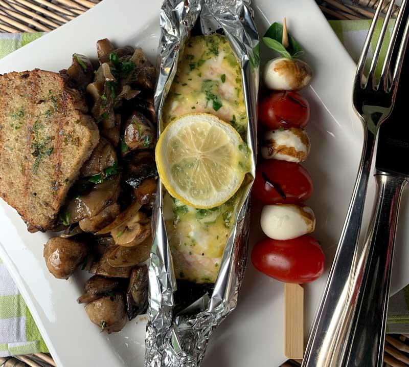 Honey Mustard Salmon und Gemüse vom Grill