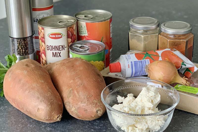 Zutaten für die gebackenen Süßkartoffeln mit Chili