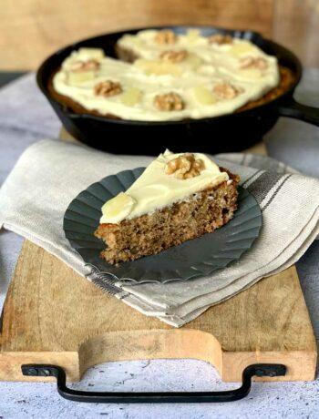 USA-Rezept für Hummingbird Skillet Cake mit Banane und Ananas