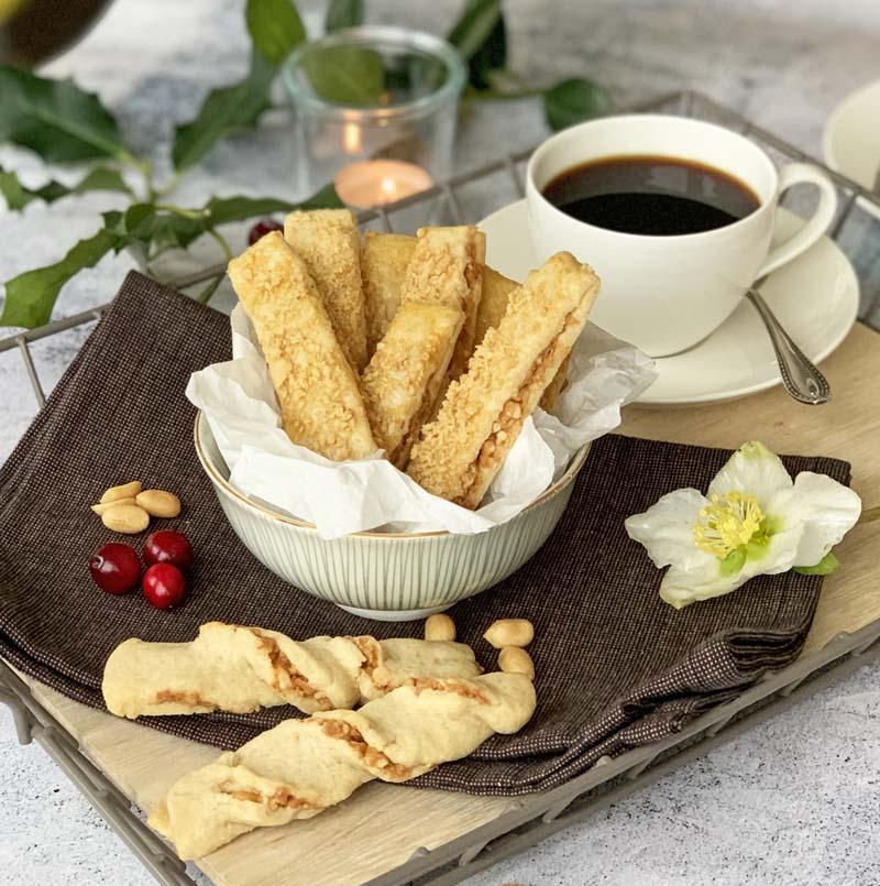 Koch mein Rezept: Erdnussstangen von Brot & Rosen