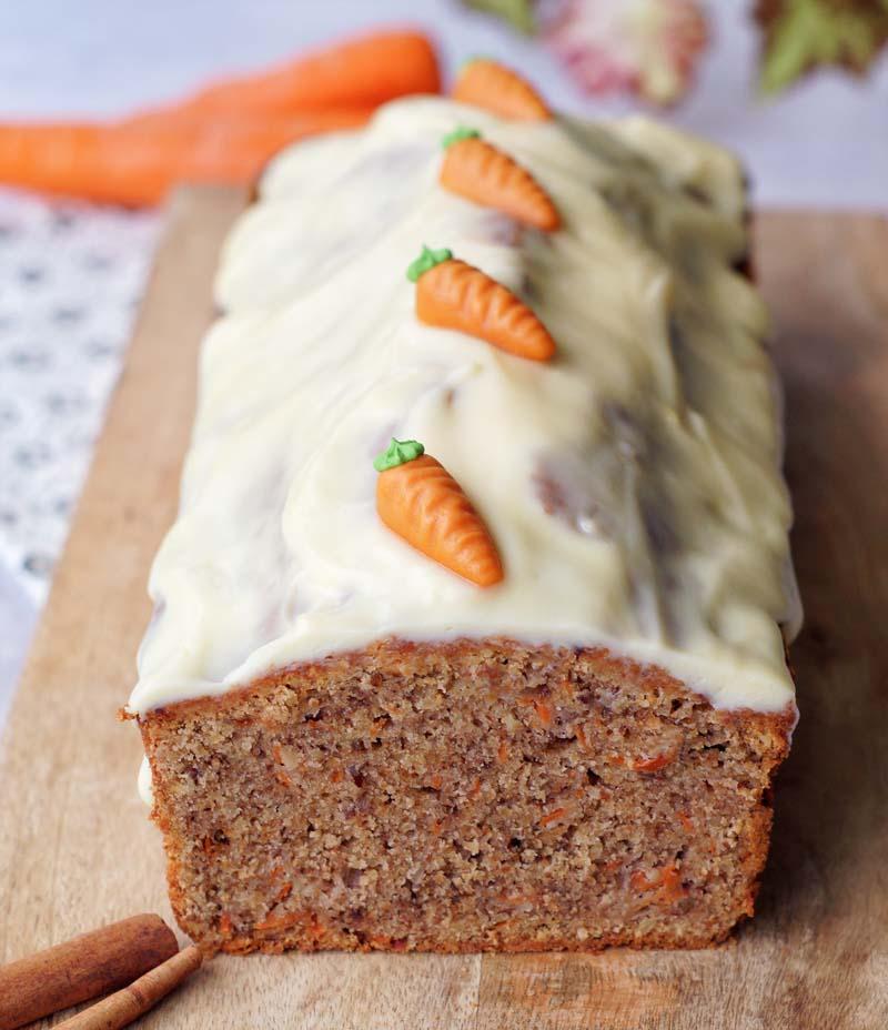 Fastest Carrot Cake ever (Möhrenkuchen)