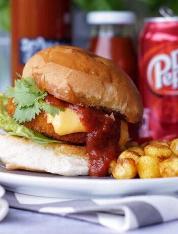 Chicken Burger mit Dr. Pepper Grillsauce