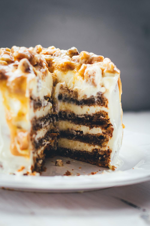 #traveltUeSdAy: Moeys Kitchen und ein Walnut Drip Cake