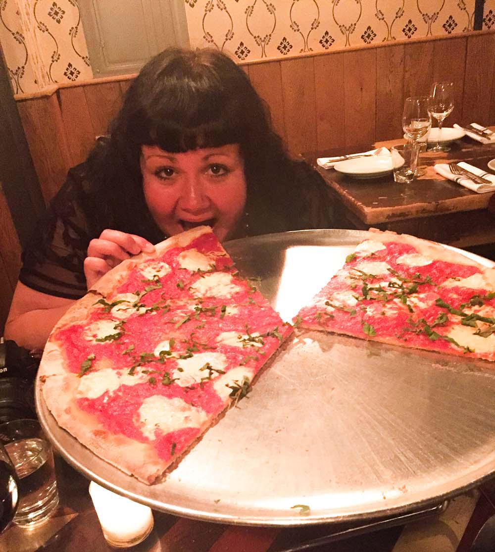 Keine Angst vor der Wagenrad-Pizza - Jana in New York